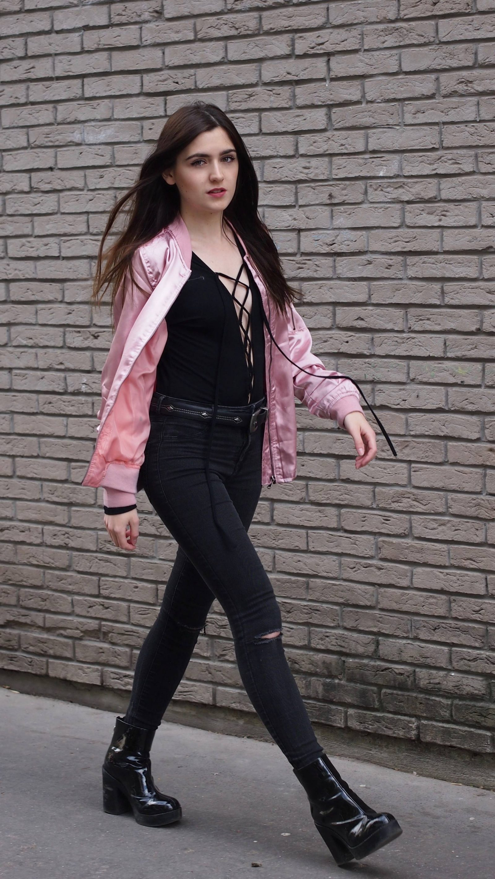 PINK BOMBER & LACE UP